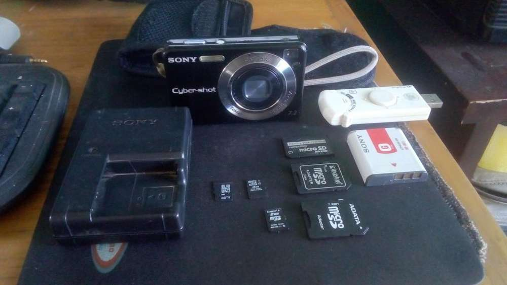 Camara Sony CyberShot 7.2 Megapixeles