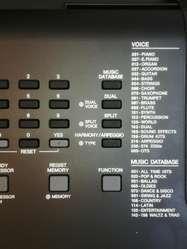 TECLADO ORGANO ELECTRONICO PIANO YAMAHA PSR E363 USB NUEVO.