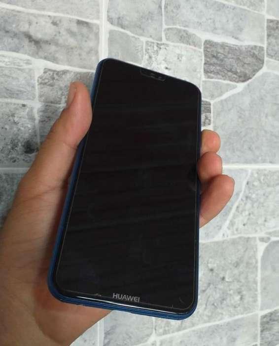 Huawei p20 lite en buen estado funcional físico con detalle