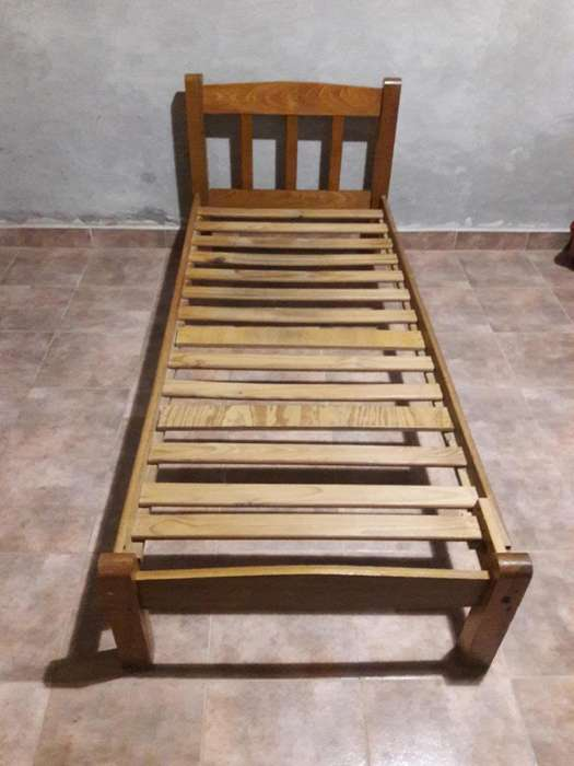 Vendo cama de 1 plaza 2000