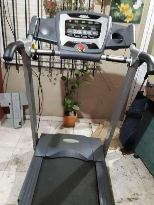 VENDO MAQUINA DE CORRER BH Fitnes IMPECABLE! Rodamarsa