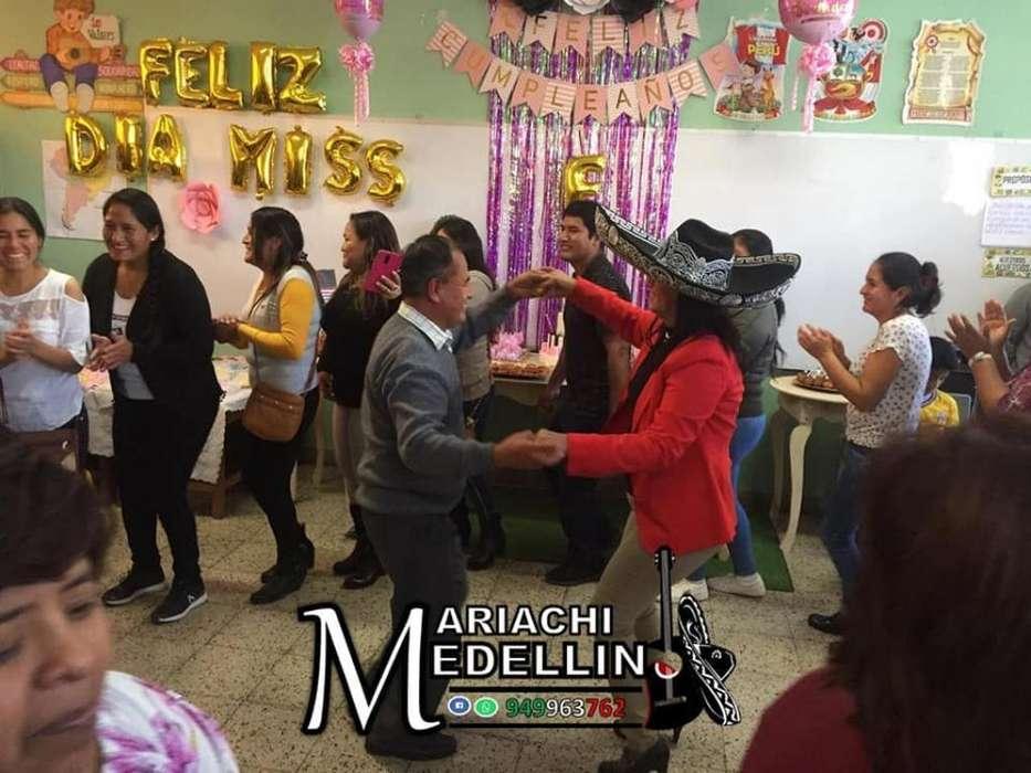Mariachi Medellin de Ica