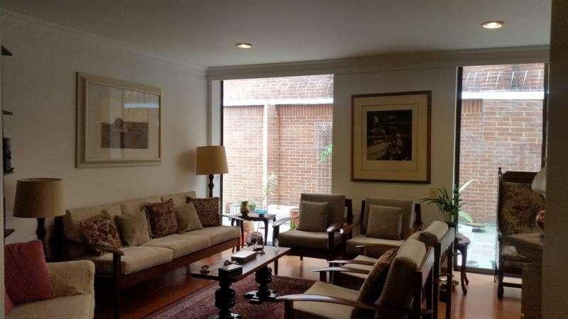 Cod. VBCBR2500 Apartamento En Venta En Bogota La Carolina