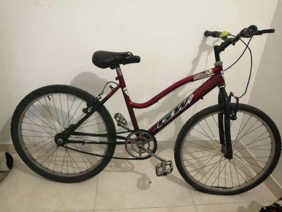 Se Vende Bicicleta en Buen Estado