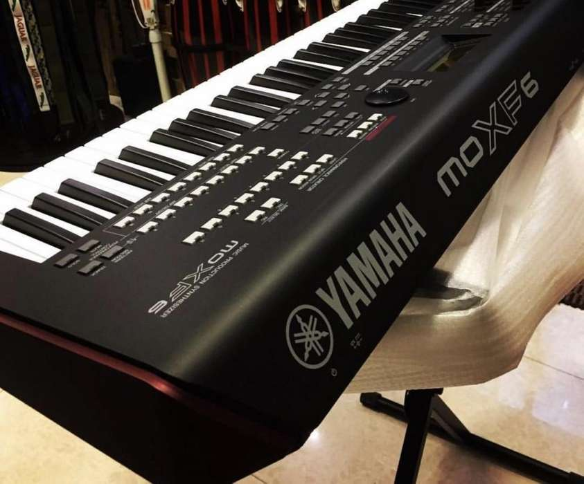 PIANO YAMAHA SINTETIZADOR MOXF6 NUEVO !!!