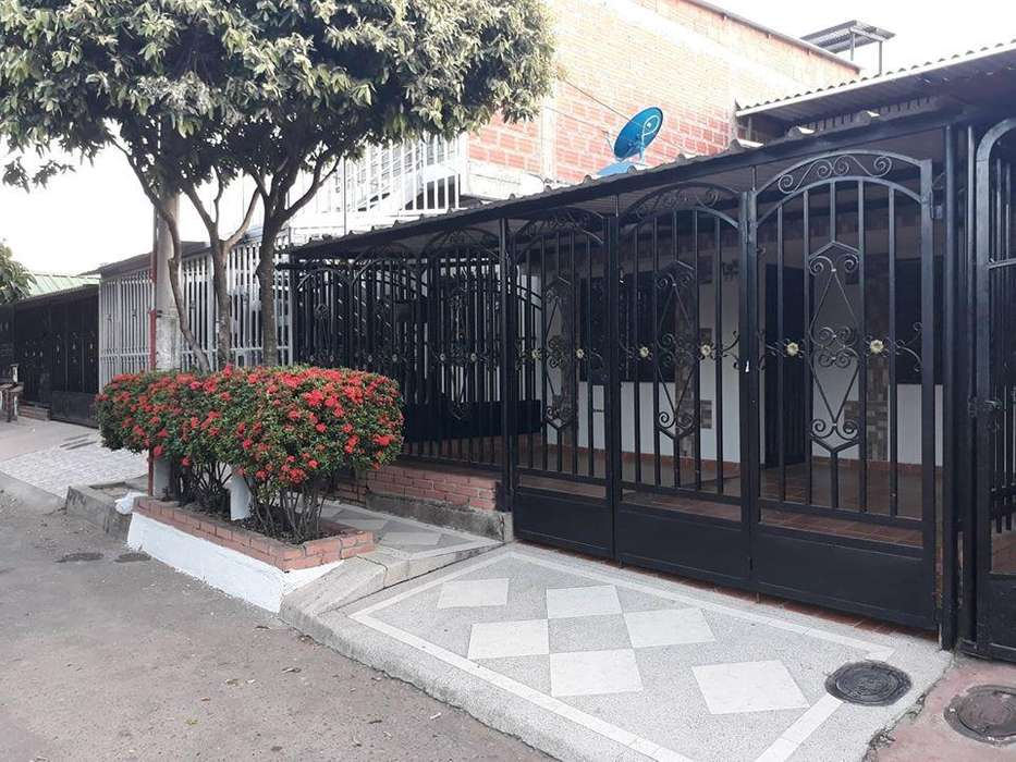 ARRIENDO HERMOSA <strong>casa</strong> BARRIO SAN JORGE