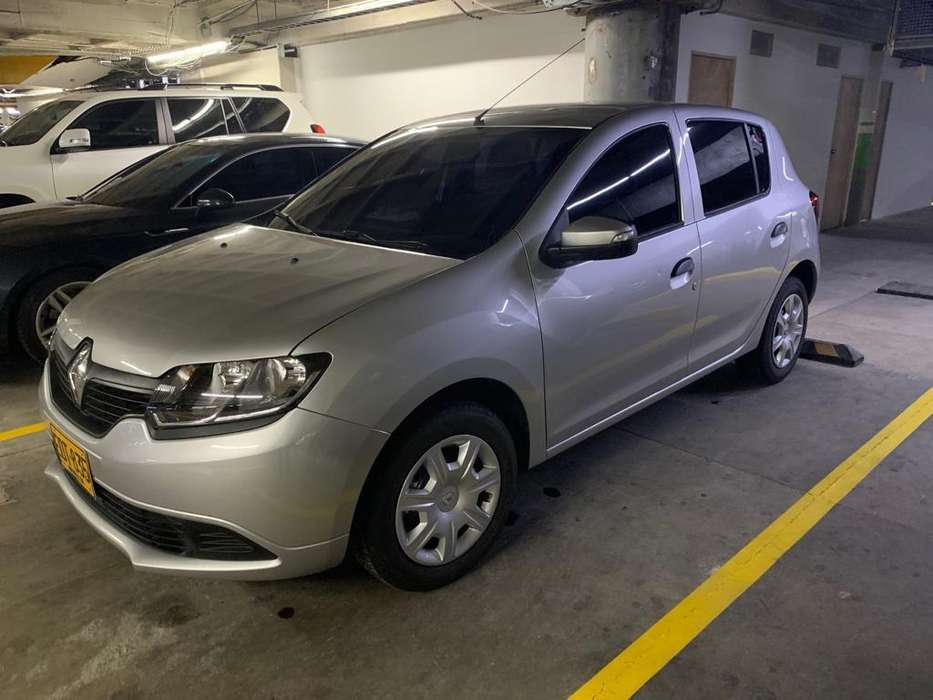 Renault Sandero 2019 - 18000 km