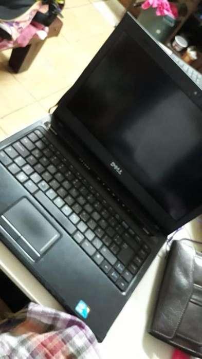 Remato laptop marca Dell usada