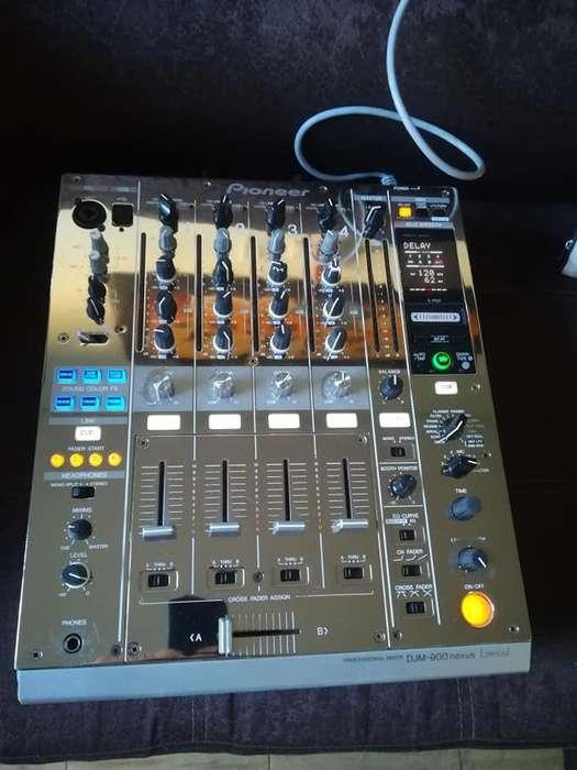 se vende mixer 900 nxs platino valor 3.3 ibague llamar al 3103370142