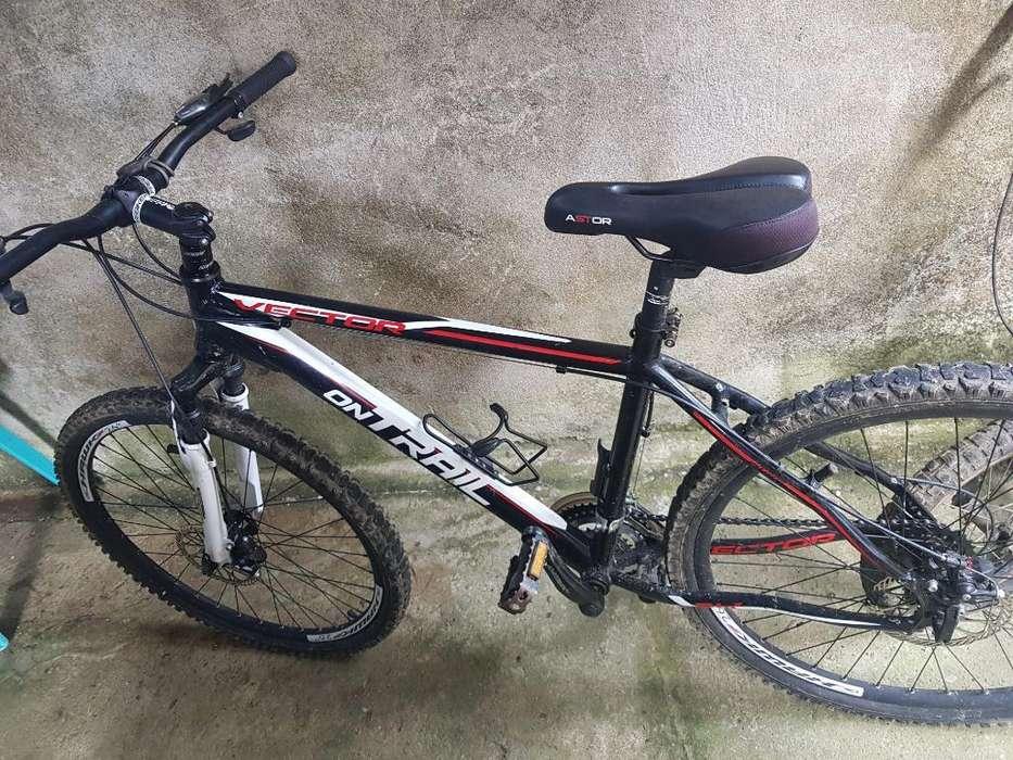 Bicicleta Vector Trail