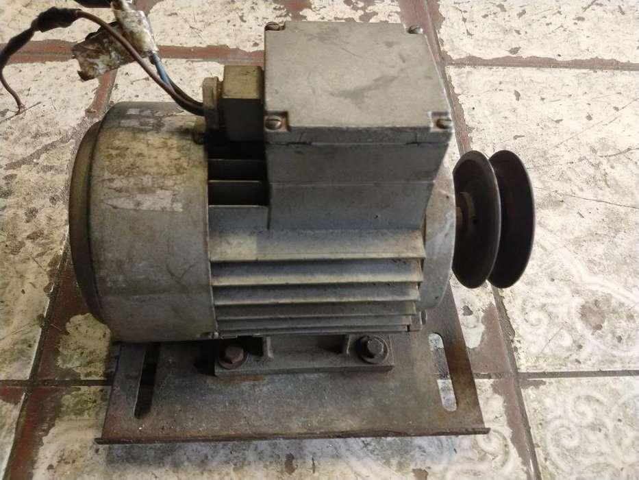 Motor Eletrico 1 Hp ( Trifasico