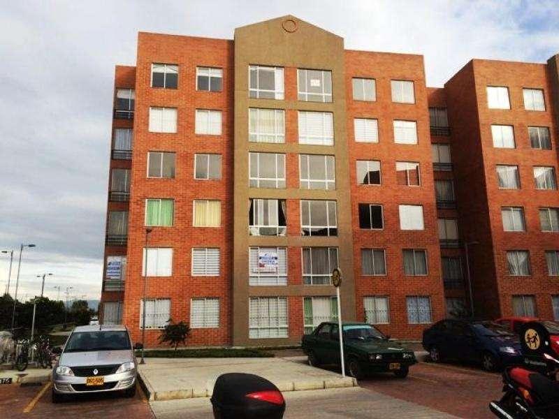 Cod. ABLUQ2015020013 Apartamento En Arriendo En Madrid Hacienda Casablanca