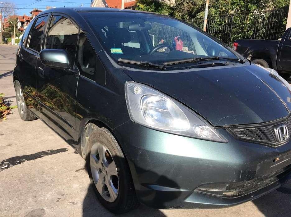 Honda Fit 2011 - 102000 km