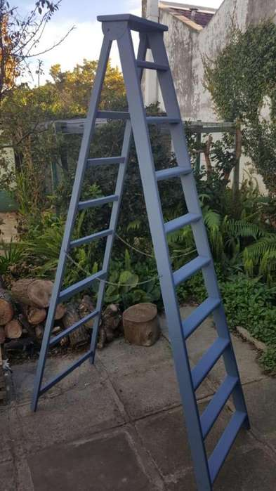 Escalera Tijera de Madera 2mts