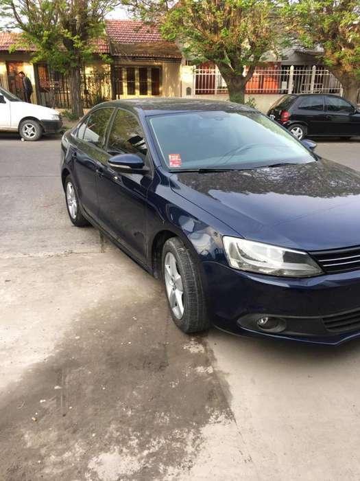 Volkswagen Vento 2012 - 120000 km