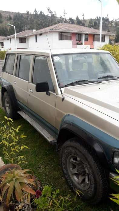 Nissan Patrol  1996 - 190000 km