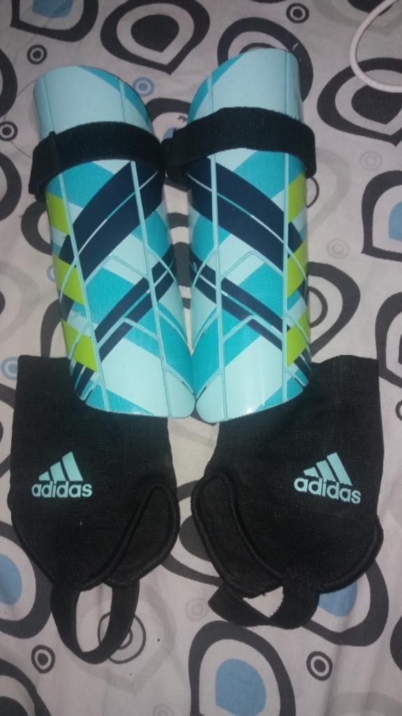 Canilleras Adidas