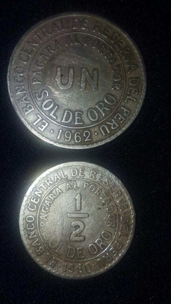 Monedas Antiguas De Un Sol Y 1/2 Sol De Oro varios años