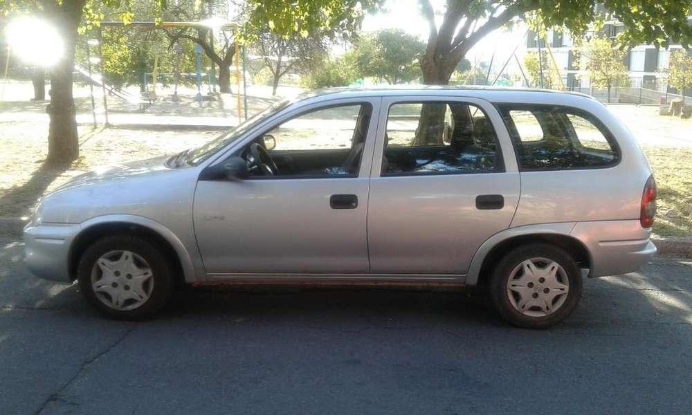 Chevrolet Corsa 2010 - 85000 km
