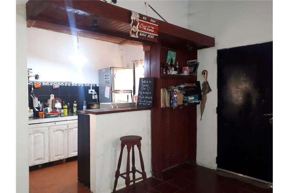 Casa con Parque 2 Dormitorios en venta. La Plata.