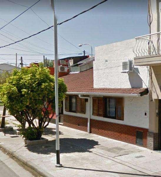 Casa en Venta en Crucecita, Avellaneda US 90000