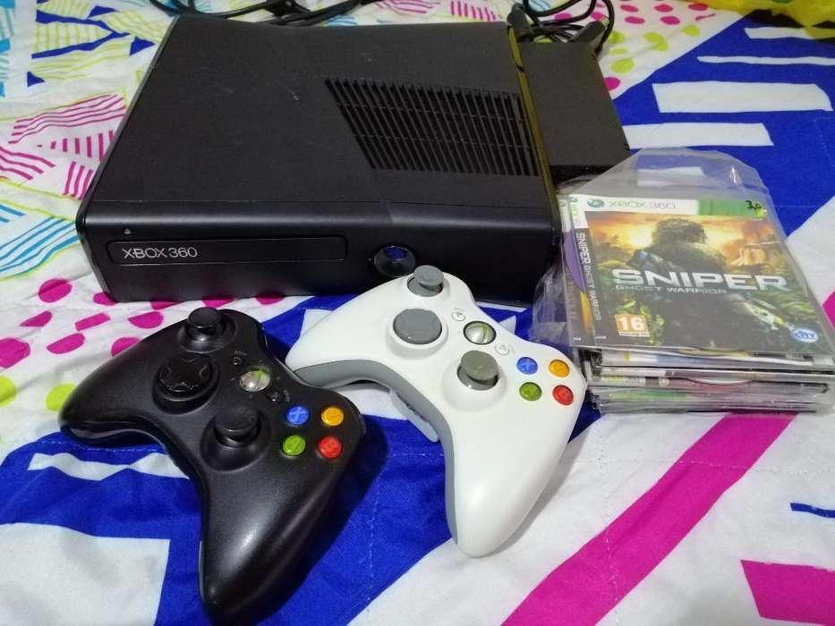 Xbox 360 de 320gb Es 3.0 2 Controles