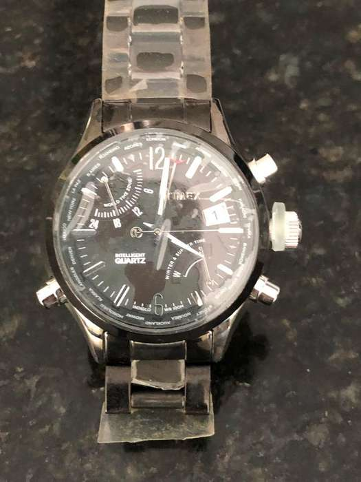 Reloj Caravelle
