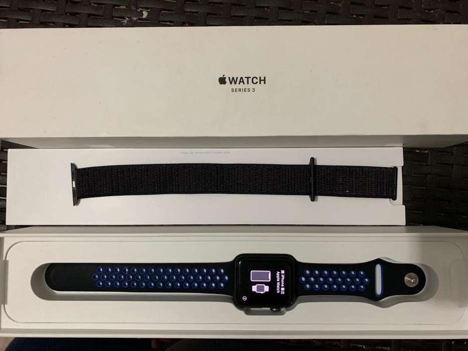 Apple Watch Series 3 de 42 Mm en Caja