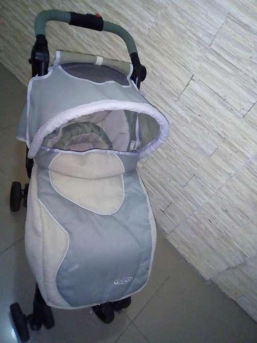 cochecito de bebe Graco citisport con cubre pies y toldo