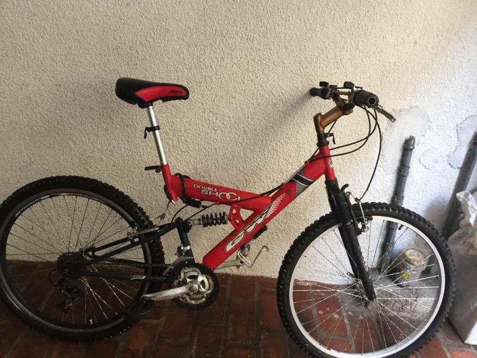 Bicicleta Gw Roja