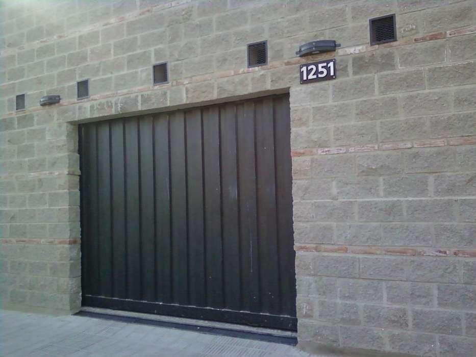 Cochera Barrio General Paz alquiler mensual Lugares disponibles