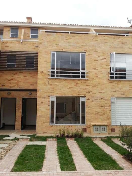 Excelente <strong>casa</strong> San Felipe REservado Chia
