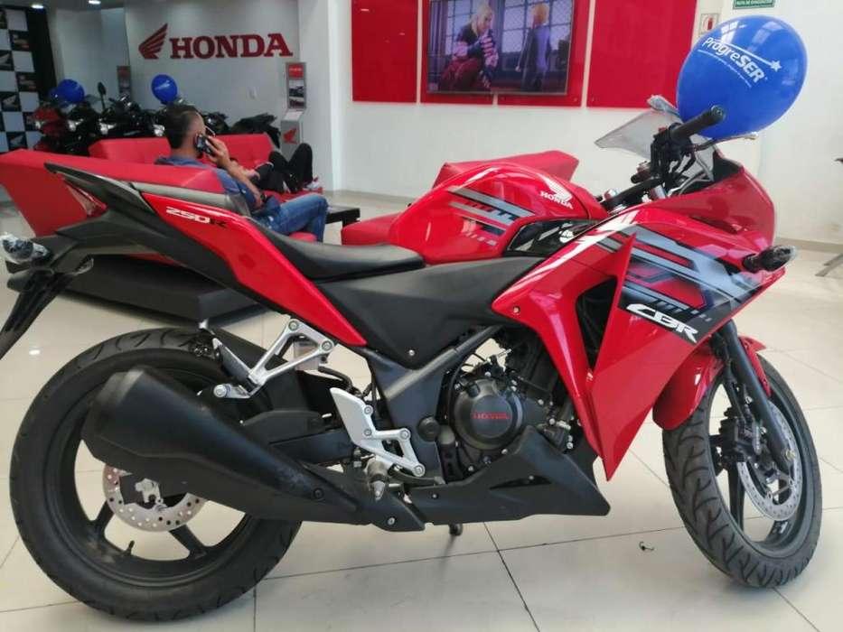 CBR 250 LA SUPER MOTO CON CLASE Y ESTILO