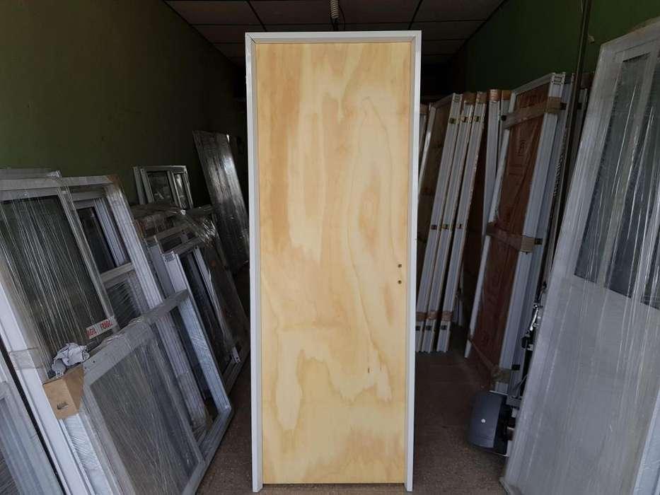 Puerta placa con marco de <strong>aluminio</strong>