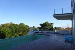 Ref: 8974- Casa en Alquiler - Pinamar, Zona Centro.