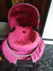 Coche con Porta Bebé