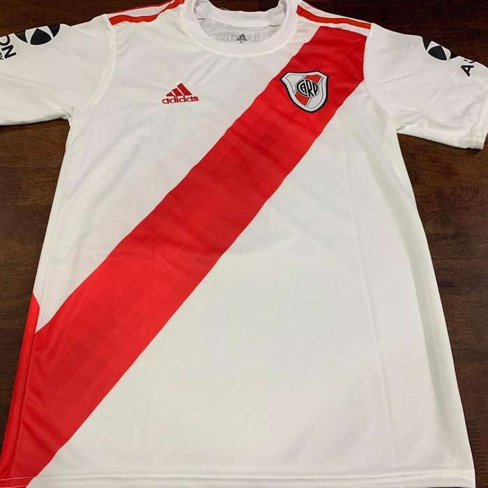 Vendo Camiseta de River 2019