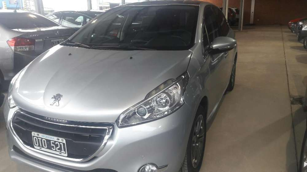 <strong>peugeot</strong> 208 2015 - 71000 km