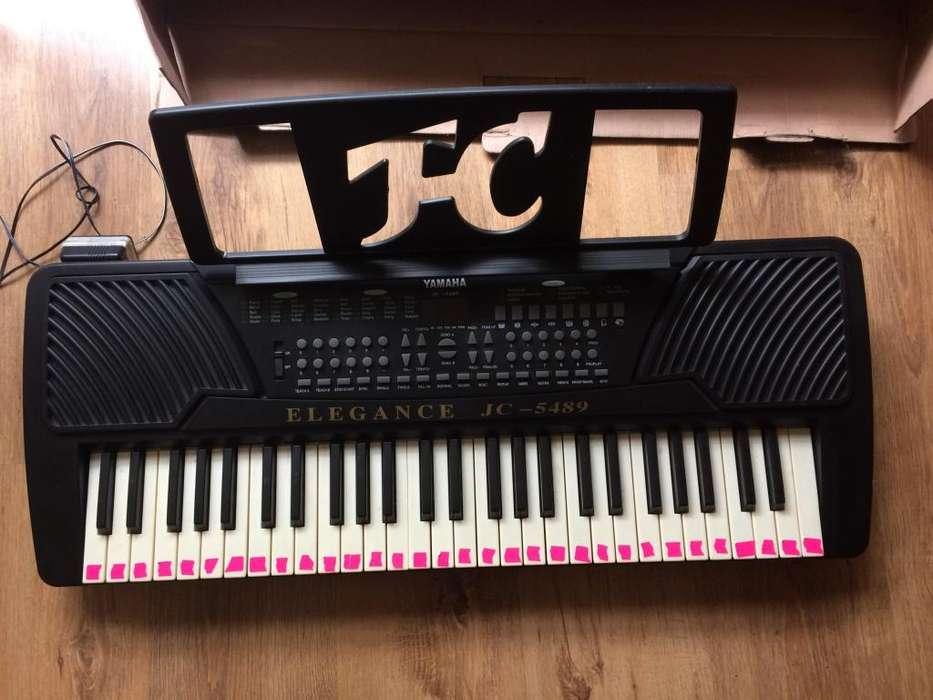 Teclado electrónico Yamaha JC-5489 piano-órgano