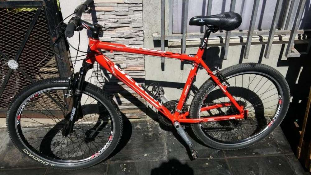 Bicicleta MTB rod 26 usada