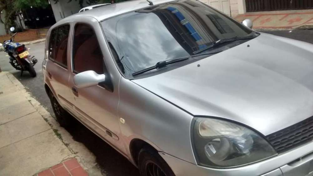 <strong>renault</strong> Clio  2008 - 140000 km