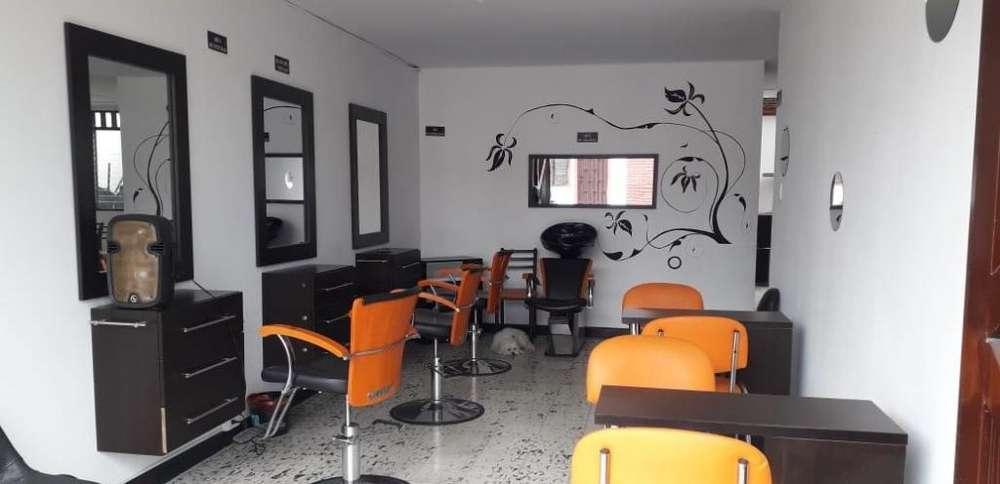 Montaje D Uñas Y Salon D Belleza