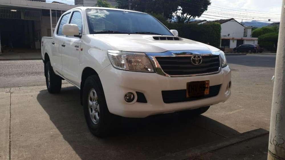Toyota Hilux 2016 - 64500 km
