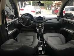 vendo carro Hyundai i10 en buen estado