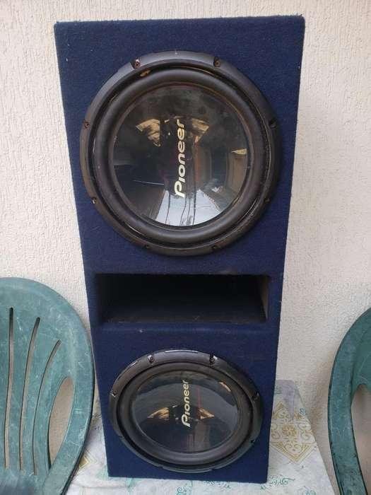 2 Bajos Amplificador Pioneer Monblok