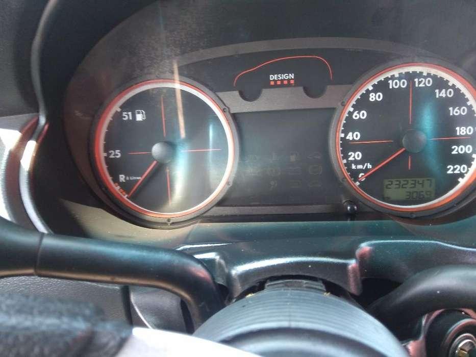 Volkswagen Gol 2005 - 232000 km