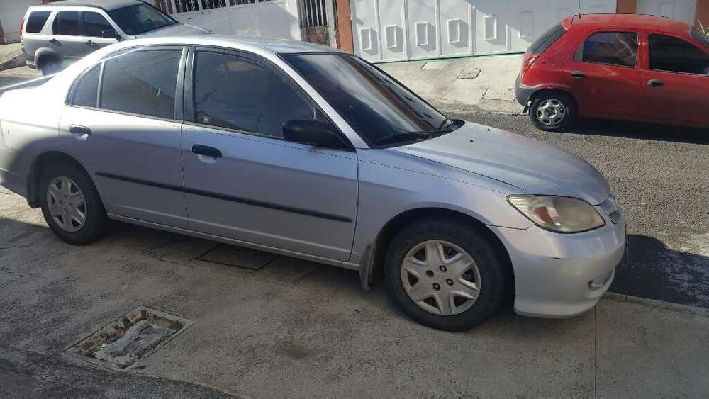 Honda Civic 2004 - 156000 km