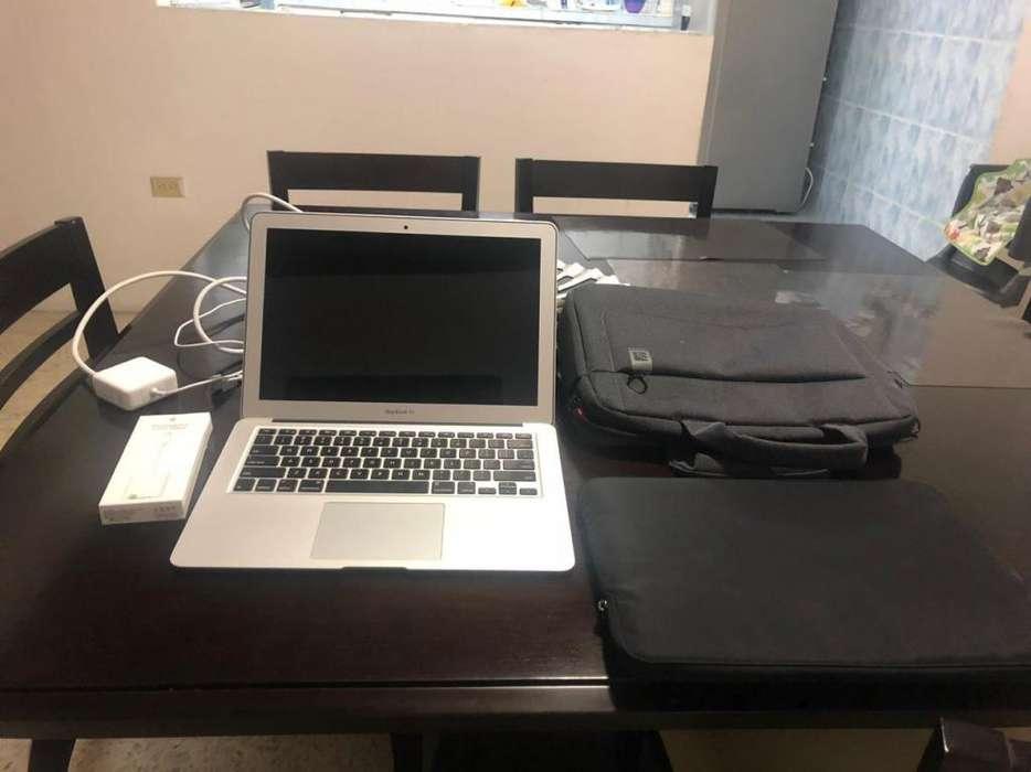 Mac Air Core I5 2 Meses de Uso