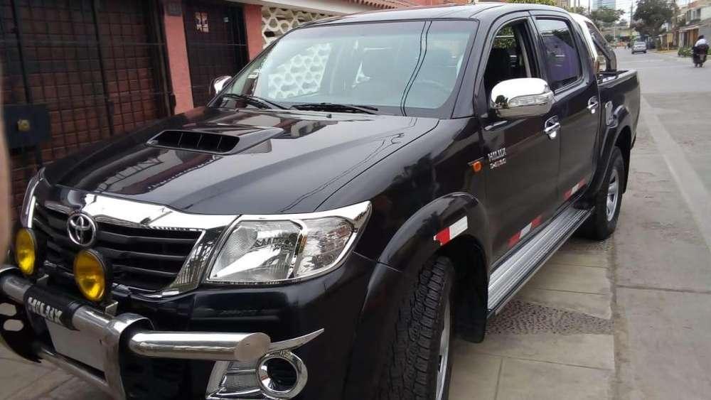 Toyota Hilux 2014 - 94700 km