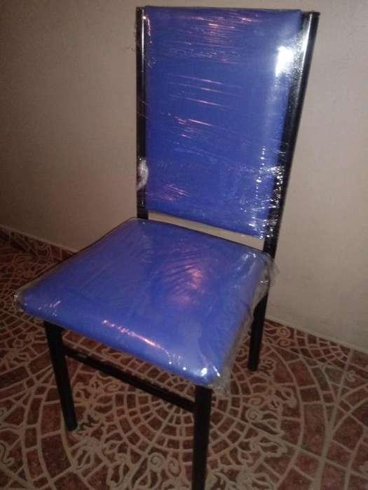 <strong>silla</strong>s venecias (cuatro)